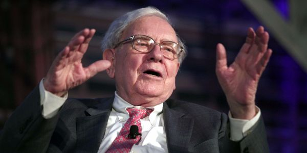 Warren Buffett badly wants to make 'huge' acquisitions, but most companies are too expensive