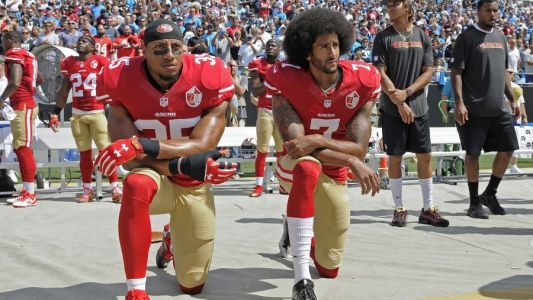 Kaepernick accepts human rights award, decries 'lawful lynching'