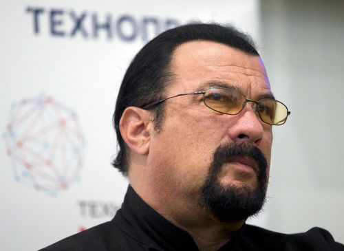 Actor Steven Seagal charged with failing to disclose payments