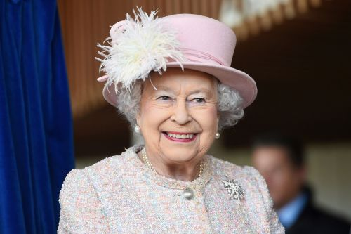 Brits planting trees to celebrate Queen Elizabeth's 70th coronation