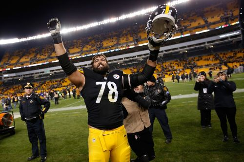Villanueva's NFL jersey becomes a best-seller