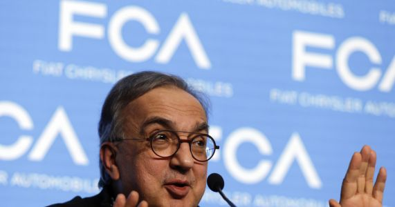 Fiat chairman lauds ailing Marchionne as rare kind of leader