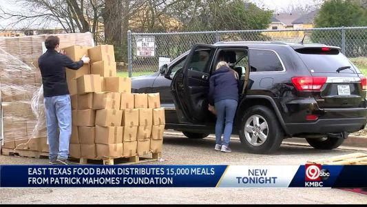 Thousands of meals donated by Patrick Mahomes' foundation distributed in Texas