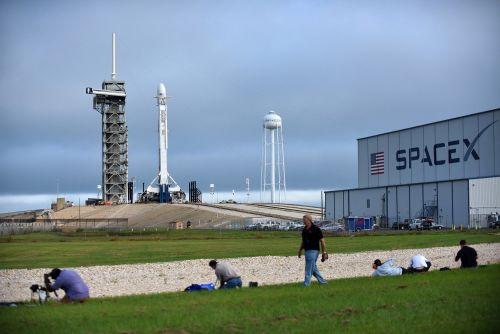 Musk's SpaceX rocket company to raise $500M in funding: report