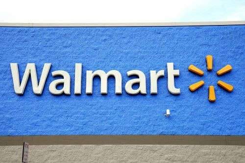 Four young girls arrested for murder of 15-year-old at Louisiana Walmart