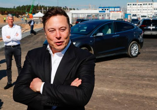 Tesla may not sell a $25,000 car anytime soon, but Elon Musk's ambitious battery strategy will help it fend off competition from GM and VW