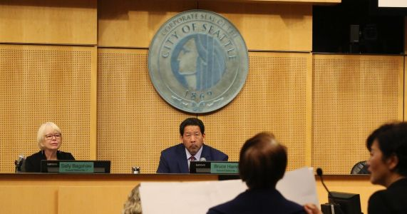 Seattle City Council approves police-union contract; deal faces scrutiny by federal judge overseeing reforms
