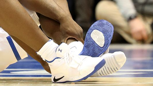 Nike 'concerned' after Duke's Zion Williamson rips through shoe, injures knee