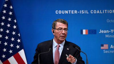 US 'laying groundwork' for Raqqa assault, no role for Russia - Carter