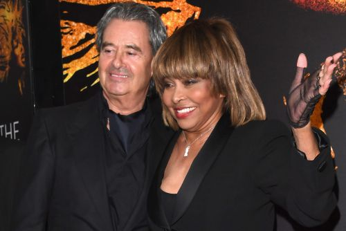 Tina Turner walks first red carpet in five years