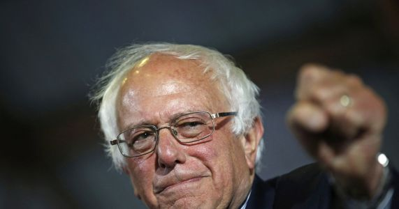 Democratic Socialists group endorses Bernie Sanders for 2020