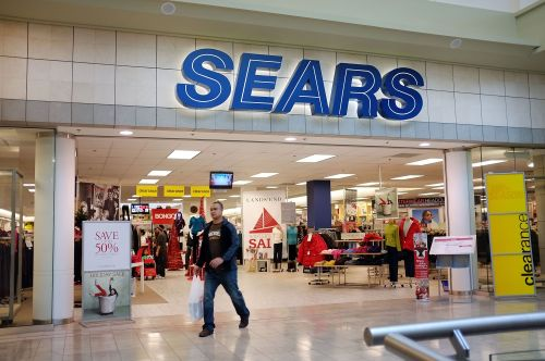 Sears staves off liquidation, stores to remain open