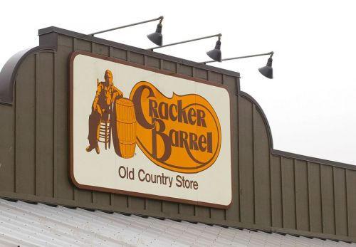 Cracker Barrel set to add these alcoholic drinks to its menus