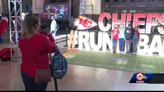 Union Station's 'Run It Back' display draws Chiefs fans
