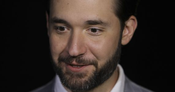 Reddit co-founder pushes hard for paternity leave