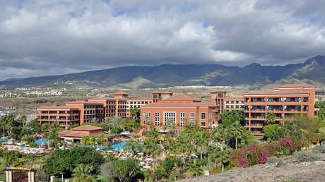 Tenerife resort with 1,000 tourists on LOCKDOWN after guest tests positive for coronavirus