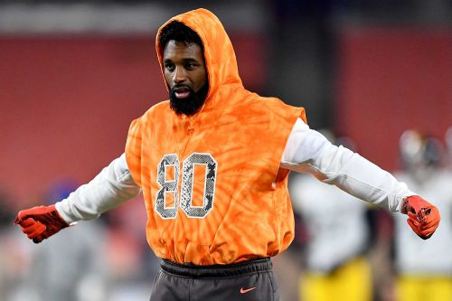 Jarvis Landry thinks Myles Garrett suspension is conspiracy against Browns