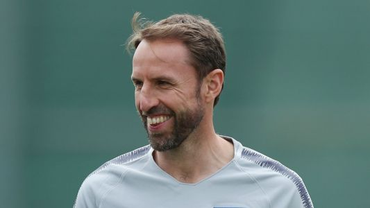 Southgate laughs off dislocated shoulder: Better me than one of the players!