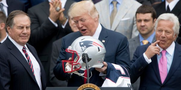 Trump demands NFL to kick players out for a season or give them 'no pay' if they take a knee during national anthem