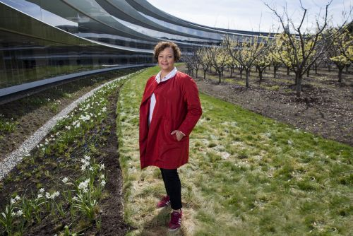Apple's next big thing could one day be an all-recycled iPhone. Environmental boss Lisa Jackson tells us about the ambitious plan to get there