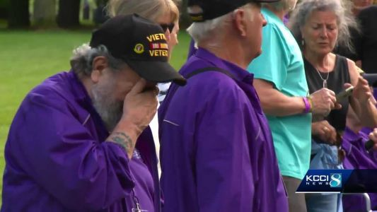 Iowa veterans spend emotional day in Washington D.C