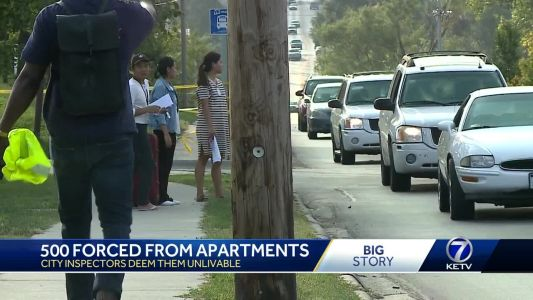 500 forced from apartments, city inspectors deem them unlivable