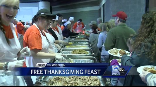 A free community feast brings thousands together for Thanksgiving