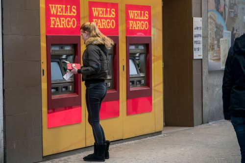 Manhattan ATMs are absolutely riddled with bacteria