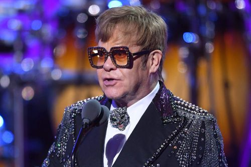 Elton John urges New Yorkers to back Cuomo