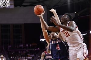 USC beats cold-shooting Arizona 57-48