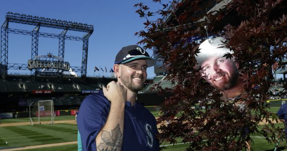 Now a Yankee, James Paxton says a heartfelt thank you to Mariners fans