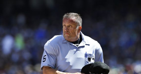 MLB ump Dale Scott retires rather than risk more concussions