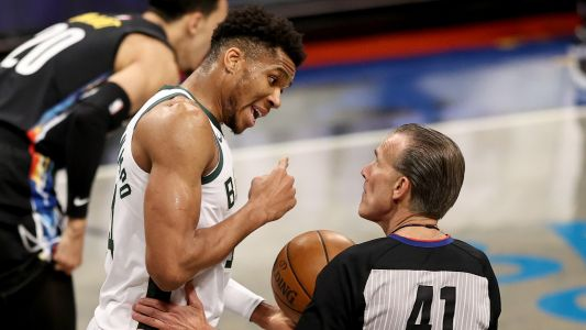 Bucks' second-half collapse vs. Nets went well beyond Kevin Durant's heroics