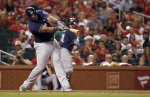 Cardinals beat Brewers 5-2, pull closer in wild-card race
