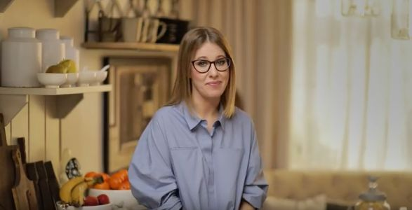 Russian socialite Ksenia Sobchak announces a presidential bid that might split the opposition