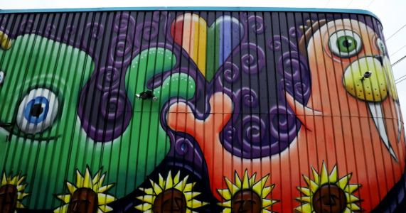 Seattle pot-shop mural: art or ad appealing to kids?