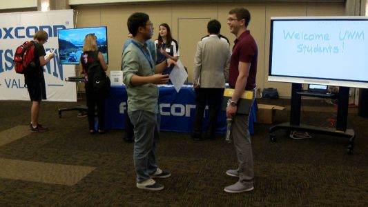 Foxconn holds first of nine college recruiting drives at UWM