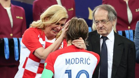 Emotional Croatian leader Grabar-Kitarovic consoles Modric after World Cup final defeat