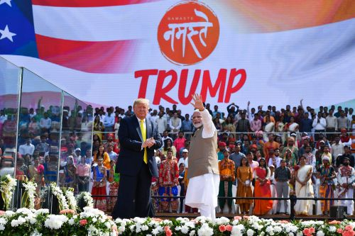 Trump vows to boost trade ties, defense equipment sales to India
