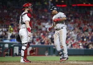 Ramirez, Kluber lift Indians past Reds 8-1