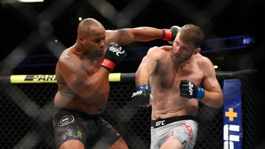 What channel is UFC 252 on tonight? PPV schedule, start time for Stipe Miocic vs. Daniel Cormier 3