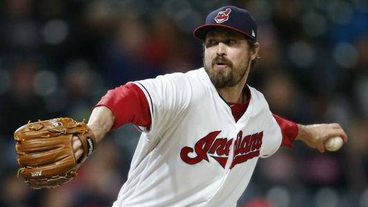 Indians' Andrew Miller doesn't want 'big fight' over pitch clock