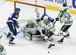 'Black Aces' in bubble have toughest job in NHL playoffs