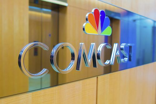Comcast shares slide over concerns about Sky price tag
