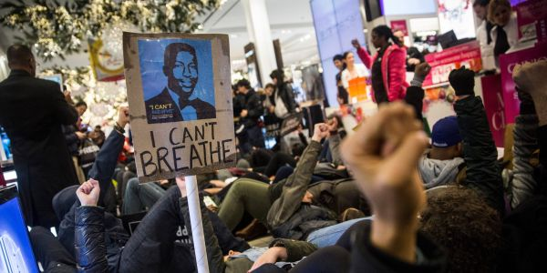 Civil rights prosecutors reportedly recommended an NYPD officer be charged in Eric Garner's death