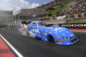 69-year-old John Force races to 149th NHRA Funny Car win