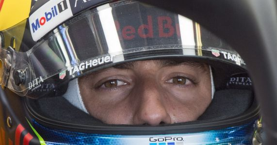 Formula One's Ricciardo drawn to NASCAR