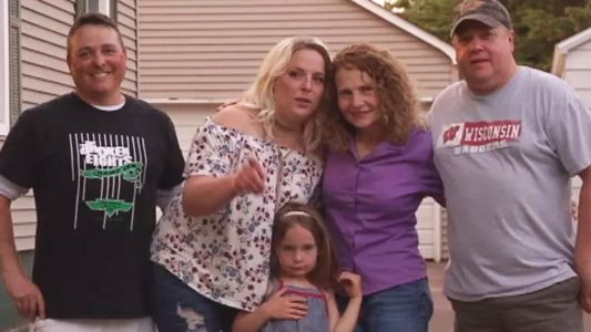 Wisconsin woman discovers neighbor is her long-lost sister