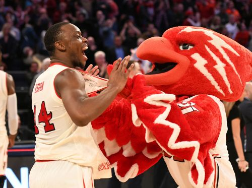 St. John's looks to clear 'mental' block against mediocre foe