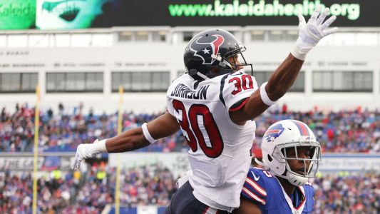Texans' Kevin Johnson transported to hospital with concussion